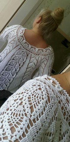 A amp a Gilet Crochet, Crochet Tunic, Lace Tunic, Crochet Clothes, Crochet Lace, Crochet Stitches, Crochet Wrap Pattern, Crochet Flower Patterns, Crochet Girls