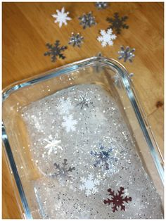 //   Snowflake Homemade Slime  Quick And Simple Recipe For Winter Sensory Play Frozen Inspired  We fell in love with slime this year! We have used this homemade slime recipe over and over again and it has not failed us yet! It is so simple, you will have awesome slime in 5 minutes that you ...