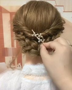 Flower Girl Hairstyles, Easy Hairstyles For Long Hair, Bride Hairstyles, Formal Hairstyles, Little Girl Wedding Hairstyles, Flower Girl Updo, Little Girl Updo, Mehndi Hairstyles, Grecian Hairstyles