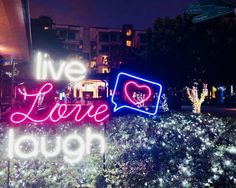 2018 Singapore 🇸🇬 - live, love, laugh St Barts, Shanghai, Singapore, Neon Signs, Love, World, Viajes, Amor