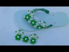 Pamper Party, Pedicure Spa, Decorated Shoes, Beading Tutorials, Huaraches, Flip Flops, Slippers, Diy Crafts, Beads