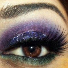 Purple & green eyeshadow!!