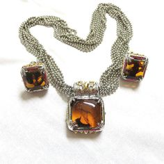 """This is an amazing Vintage Faux Amber Glass Stone Silver & Gold Tone Mix Necklace and Earrings Demi Parure Set!  The Necklace in this set measures 17 1/4"""" with a magnetic s... #teamlove #ecochic #vogueteam"""