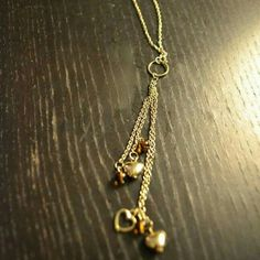 ❗️$4 SALE❗️ Pacsun Gold Heart Necklace Gold necklace with hanging hearts PacSun Accessories