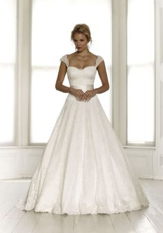 Sassi Holford Unveil the 2015 Collection #weddingdress #wedding #bridal #bridalwear