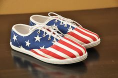 American Apparel American Flag Sneakers 5 Red White Blue Lace Up Tennis Shoes #redwhiteandblue #americanflag #4thofjuly #americanapparel #tennisshoes #starsandstripes