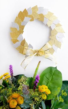 23 Thanksgiving and Holiday Wreaths to DIY Now via Brit   Co