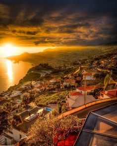 """1,734 mentions J'aime, 18 commentaires - I Love Madeira (@ilovemadeira) sur Instagram: """"Photo : @trumpp_exposures // facebook.com/ILoveMadeira #ILoveMadeira #Madeiraisland #madere…"""""""