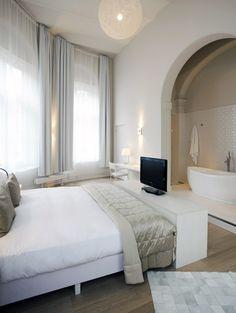 Hotel Arena Amsterdam: lovely ensuite bath
