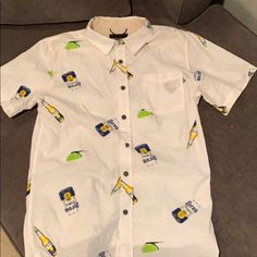 Men's Short Sleeve Corona and Lime Button Down Corona Bottle, Corona Shirt, Summer Parties, S Shirt, Cool Patterns, Casual Button Down Shirts, Button Downs, Lime, Polo Ralph Lauren