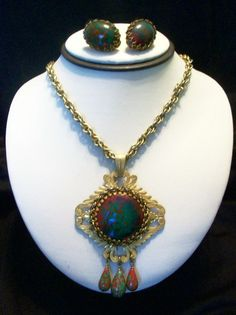 MIRIAM HASKELL Vintage 40s Easter Egg Glass Pendant Gold Plate Necklace Earrings #MiriamHaskell