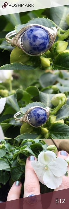Sterling plated Sodalite stone ring handmade *Can be made in any size *hypoallergenic/non tarnishable SS plated wire *Natural polished 8mm Sodalite stone bead *Handmade with love ~ Sodalite stone has a strong vibration that will bring your attention to the qualities of idealism and truth. Its energy may stimulate you to live up to your own ideals and ideas, about the nature of truth. #ring #jewelry #rings #sodalite #stonering #hippie #boho #wirering #sterlingring #sterling #handmade…