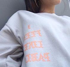 I Feel Like Pablo shirt Dope Fashion, Only Fashion, Fashion Trends, Pablo Shirt, Sweater Shirt, T 4, Autumn Winter Fashion, Winter Style, Dress To Impress