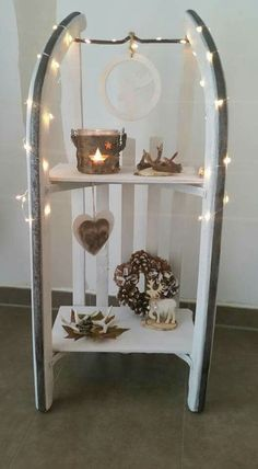 Get down to business and do one of these 12 magical autumn and winter … - Christmas Crafts Diy Noel Christmas, Winter Christmas, Christmas Crafts, Christmas Decorations, Holiday Decor, Craft Decorations, Halloween Decorations, Christmas Inspiration, Diy And Crafts