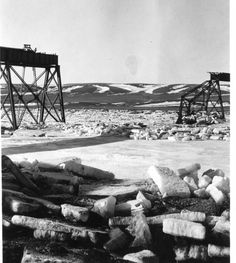 In part two of this report we look at the CPR's Cecil Alberta bridge as it appeared way back in 1947. That spring heavy ice build up in the ...