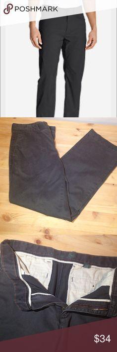 ❤️❤️Men's 35/34 Eddie Bauer Dark Gray Pants ❤️❤️❤️ Men's 35/34 Dark Gray Khaki style bootcut pants Eddie Bauer. Worn once. Like new. Smoke pet stain free 100% cotton. Super nice ! Eddie Bauer Pants Chinos & Khakis
