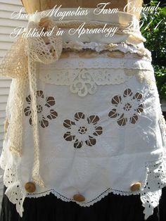 Sweet Magnolias Farm .. Farmhouse Romance Apron Published in Apronology 2011 .. Sold to a Good Home