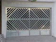 modelos-de-portoes-de-ferro-e-aluminio.jpg (400×300) Steel Gate, Steel Doors, Iron Gates, Iron Doors, Metal Projects, Welding Projects, Door Gate Design, Main Gate, Welding Jobs