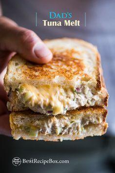 Cheesy Tuna Melt Grilled tuna cheese sandwiches aka grilled tuna melt sandwiches are awesome. DadGrilled tuna cheese sandwiches aka grilled tuna melt sandwiches are awesome. Tuna Melt Sandwich, Tuna Melts, Grilled Sandwich, Soup And Sandwich, Tuna Sandwich Recipes, Tuna Fish Recipes, Canned Tuna Recipes, Grilled Recipes, Vegetarian Sandwiches