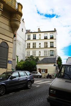 .. Street View, Paris, Montmartre Paris, Paris France