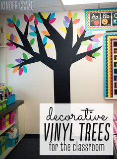 How to make vinyl trees for your classroom walls-family tree, add family pictures from students Classroom Family Tree, Family Tree For Kids, Trees For Kids, Classroom Walls, Classroom Design, Future Classroom, Classroom Wall Decor, Classroom Posters, Diy Classroom Decorations