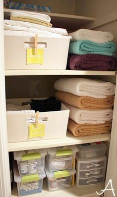 Get Organized in How to Organize Your Spice Cabinet and Linen Closet Tips! Cleaning out your spice cabinet. Organizing your linen closet. Organisation Hacks, Linen Closet Organization, Bathroom Organization, Storage Organization, Towel Storage, Closet Storage, Storage Bins, Bathroom Storage, Storage Ideas