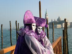 maschere veneziane - TOP AND BOTTOM OF CLOCK!