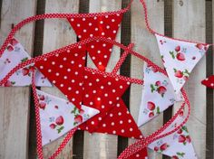 Red Spotty & Strawberry Patterned Shabby Chic Bunting Sold By The Meter £7.50