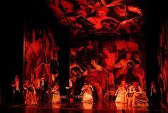 Dido and Aeneas. Chicago Opera Theatre. Scenic design by John Conklin.
