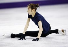 Yuna Kim Figure Skating, Olympics, Skate, Beautiful People, Cool Photos, Normcore, Ballet Skirt, My Love, Ice