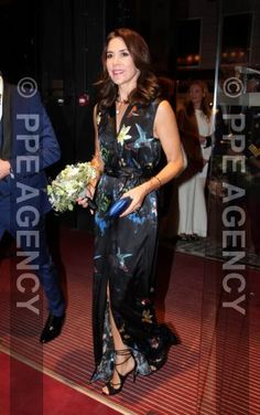 Royals & Fashion - Princess Mary attended the awards night design price which was held in Copenhagen.