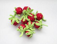 Erdbeeren  Mini-Wald-Erdbeeren von Hand und Herz auf DaWanda.com