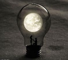Miniature-World-Inside-Light-Bulbs-