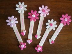 L'ora del te: Bomboniere per bambina: battesimo e comunione Foam Crafts, Craft Stick Crafts, Craft Gifts, Diy And Crafts, Crafts For Kids, Arts And Crafts, Art For Kids, Diy Shrink Plastic Jewelry, Popsicle Stick Art