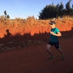Today's 2nd run. 2km jog 6x120m downhill reps 2km jog.  Tonight felt great. I love reps! Cheers @colinthomas26.2 and @gemma_hockett again for awesome running company. Legends.  #sprints #sprintkitchen #run #fit #iten #runningholiday #holiday #trio #adventure #goals #fitness #stronger