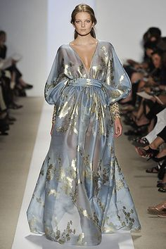 Reem Acra Spring 2009 RTW. Gold and blue and gorgeous.