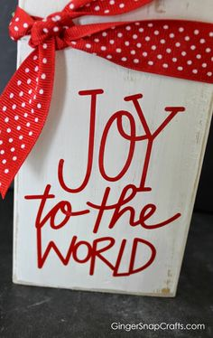 Joy to The World Block::Bloggers Best 12 Days of Christmas |neighbor gift idea