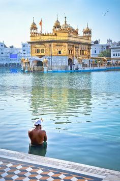 Golden Temple, Amritsar, India. Bacson Vally, Vietnam. JAZZvideos,Lottery Permutations & more: https://www.facebook.com/hennie.jazz Amazon Bestseller.