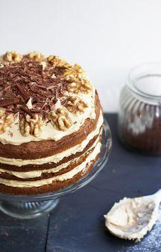 Nigella Lawson's Coffee Walnut Cake Nigella Lawson, Coffee And Walnut Cake, Coffee Cake, Baking Recipes, Cake Recipes, Dessert Recipes, Cupcake Cakes, Cupcakes, Coffee Recipes