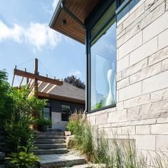 Another Christopher Simmonds Architect design - this time with Adair® Limestone.