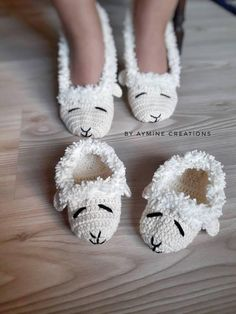 Check out this item in my Etsy shop https://www.etsy.com/listing/504056979/crochet-lamb-slippers-adult-sizecrochet