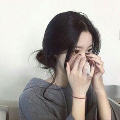 Crying Girl, Ulzzang Korean Girl, Uzzlang Girl, Ulzzang Fashion, Asia Girl, Girl Korea, Best Face Products, Aesthetic Girl, Pretty People