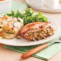 Filet de porc aux poires et vin rouge - 5 ingredients 15 minutes Mozzarella, Filets, Orzo, Salmon Burgers, Chicken, Ethnic Recipes, Food, Stuffed Pork, Pork Chops