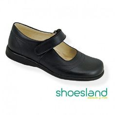 9d17a7c24 Para volver al cole con un zapato escolar para niñas de piel negra  resistente y cómodo. Calzado infantil Shoesland