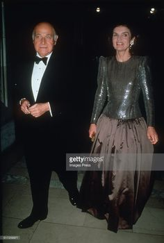 Maurice Tempelsman & jackie | Maurice Tempelsman and Jacqueline Kennedy Onassis attends a gala at ...
