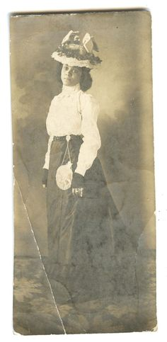 VINTAGE AFRICAN AMERICAN BEAUTY VICTORIAN FASHION PURSE JEWELRY HAT FLORA PHOTO