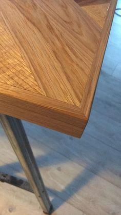 Hjemmelavet sildebensbord Furniture Projects, Wood Projects, Diy Furniture, Woodworking Furniture Plans, Diy Woodworking, Diy Table, Dining Table, Farmhouse Furniture, Diys