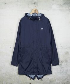 #3 Fred Perry - Lightweight Ripstop Parka