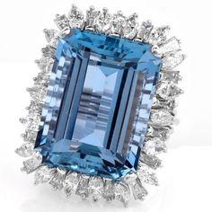 Diamond Aquamarine 18K White Gold Cocktail Ring