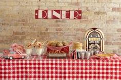 Gingham, a little jukebox and diner signage all come together for the perfect brunch buffet. Retro Wedding Theme, 50s Wedding, Rockabilly Wedding, Retro Weddings, Wedding Ideas, Rockabilly Baby, Wedding Colours, Wedding Card, Wedding Trends